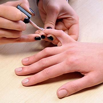 POLISH CHANGE (on natural nails)
