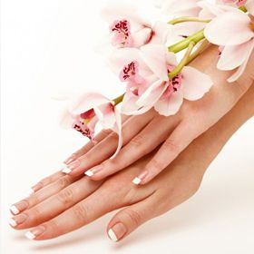 PREDESIGNED TIPS WITH U.V. GEL