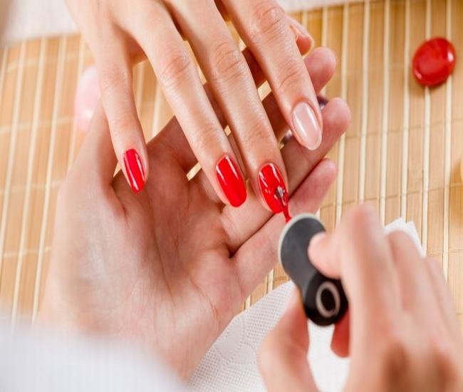 Artificial Nail Services